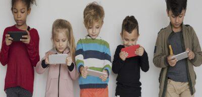 Group-of-Kids-Using-Digital